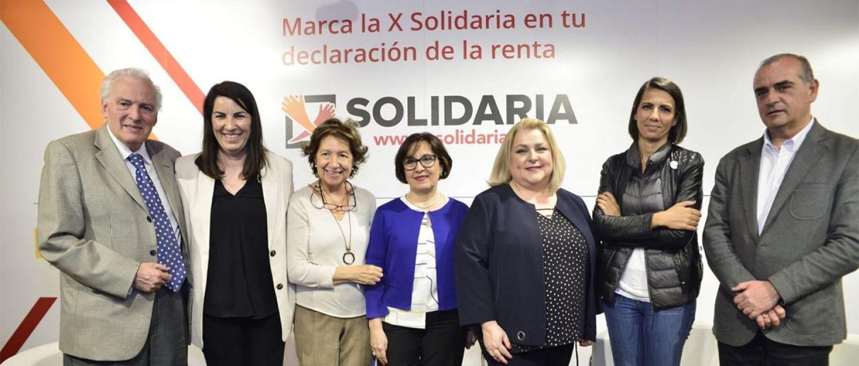 Presentación de la nueva campaña de la X Solidaria. De izquierda a derecha Juan de Dios Ramírez-Heredia, Presidente de la Unión Romaní y Coordinador de la Comisión de Comunicación de la Plataforma de ONG de Acción Social; Asunción Montero, Presidenta